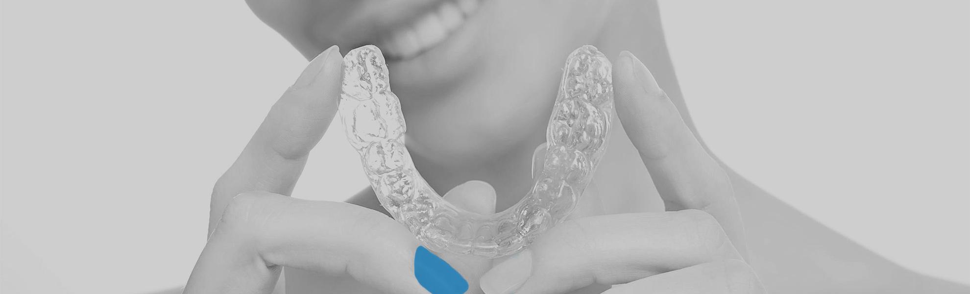 Ortodoncia Invisalign - ¿qué hago si no encaja bien en la boca bien?
